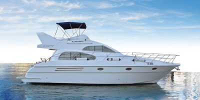 Yachts & Boats Rental